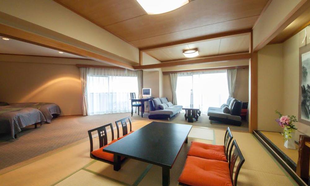 和室10畳+3ベッドのファミリールーム